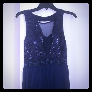 Navy BCX gown, sz 5 juniors